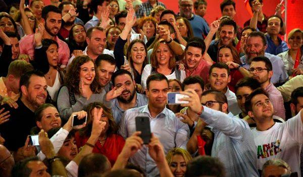 Al comenzar la campaña electoral, los partidos buscan ganar el centro y combatir la apatía