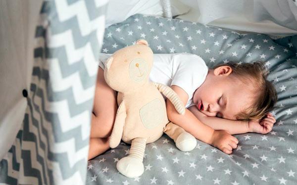 Sueño del Bebé | Evolución de los Primeros Meses