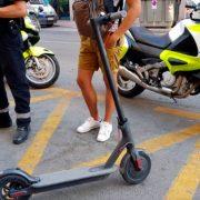 Los scooters eléctricos están prohibidos en las aceras en España