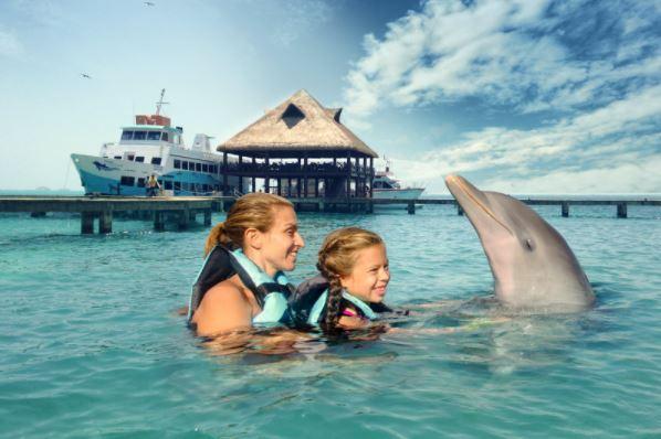 viaje en Ferry por el Mar Caribe